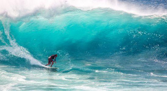 Faire du surf aux Seychelles 4 spots à privilégier